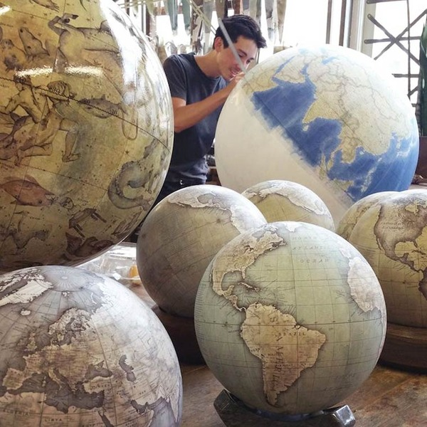世界を旅したくなる。価値ある手作り地球儀の製作現場 (1)