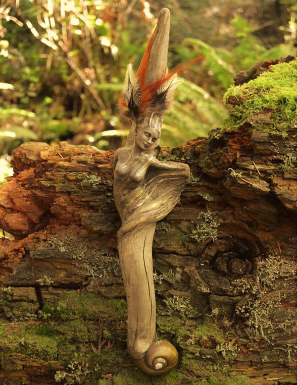 ロマサガのボスっぽい…流木に宿る女性彫刻! (14)