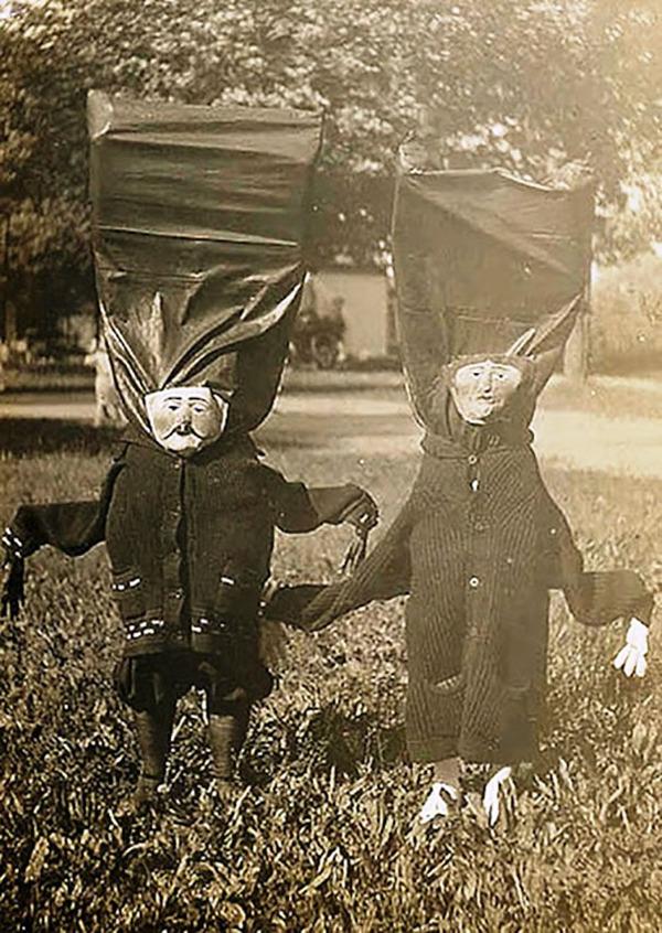昔のハロウィンの写真がガチでホラーすぎる…! (3)