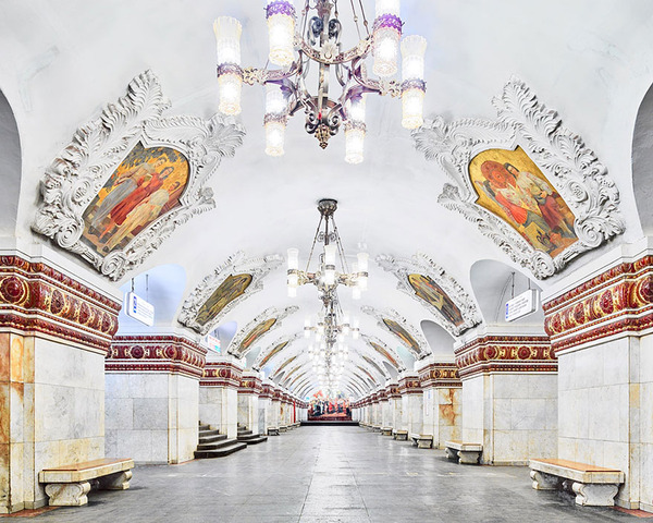 建築美!宮殿のように豪華で美しいロシアの地下鉄の画像 (8)