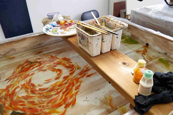 立体的で本物みたい!日本人が描く金魚すくいの絵が凄い (11)