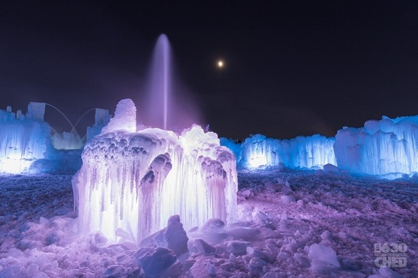 巨大な氷のお城!カナダの『アイスキャッスル 』 (13)