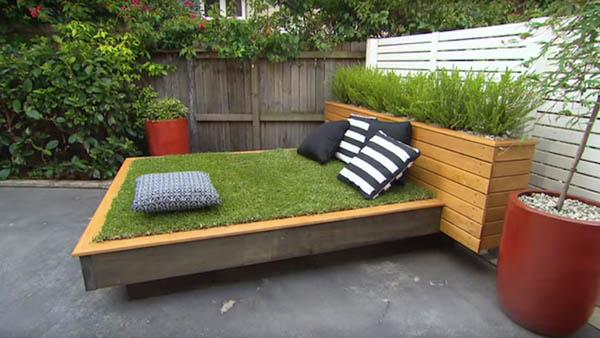 限りなくナチュラル!裏庭に設置する草のベッド (8)