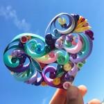 ペーパークイリング!紙をクルクルして作る、繊細で装飾的なアート