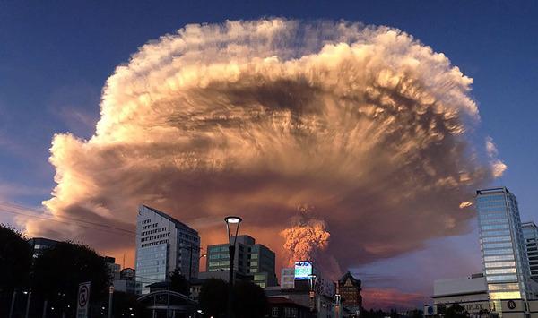 チリのカルブコ火山噴火 2015年