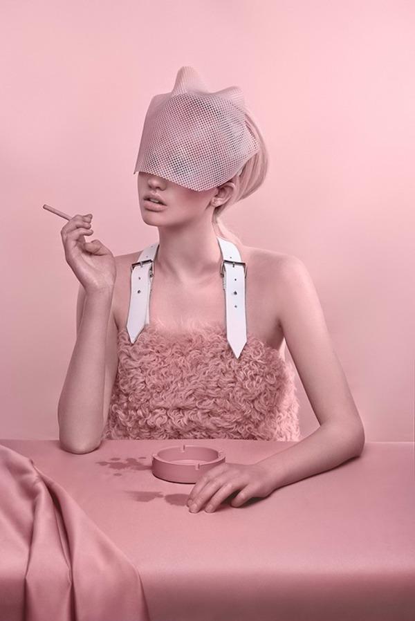 ピンクモノクローム、ミズラヒカロライナ Carolina Mizrahi 7