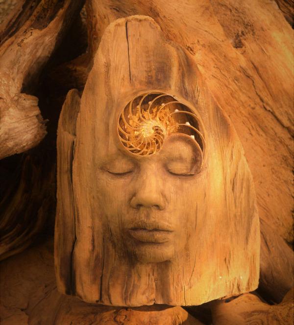 ロマサガのボスっぽい…流木に宿る女性彫刻! (11)