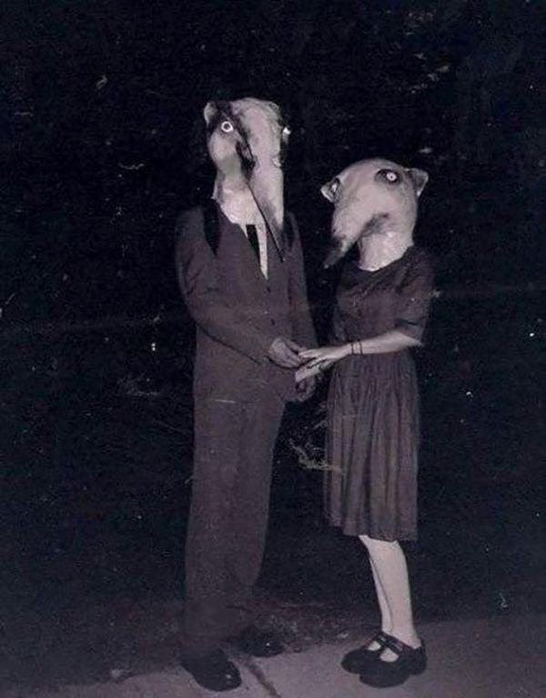 昔のハロウィンの写真がガチでホラーすぎる…! (6)