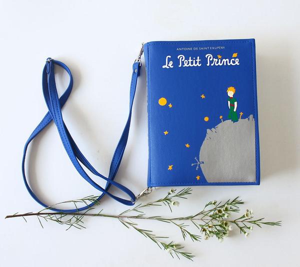 小説をモチーフにした本のバッグがかわいい (2)