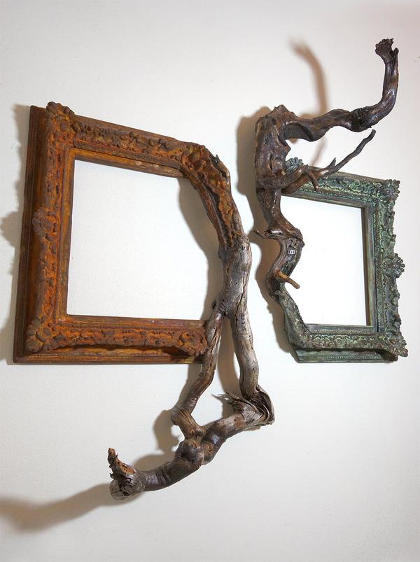 ねじれた木の形を生かしたヴィンテージで華やかな額縁 (5)