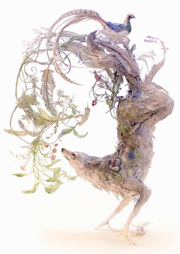 動物と植物が融合した幻想的な彫刻!Ellen Jewettの新作紹介 (1)