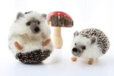 可愛い!羊毛フェルトで作られたリアルな動物の彫刻