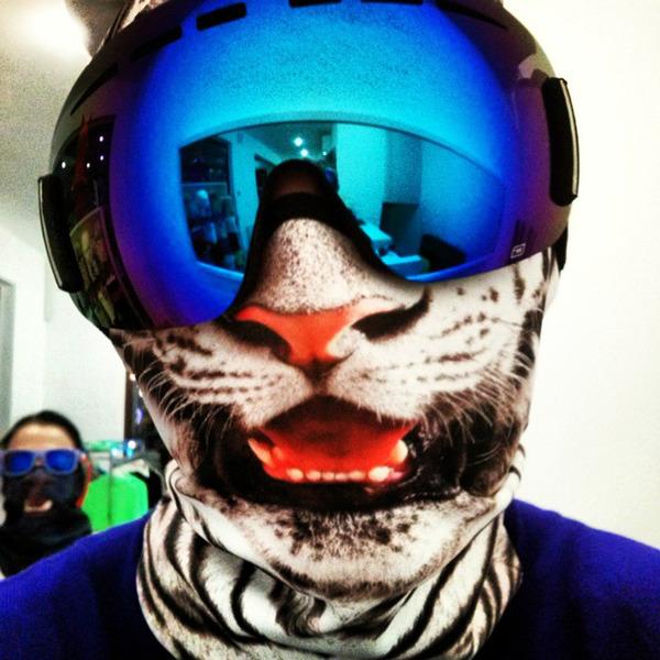動物気分でスキー!動物の顔がプリントされたフェイスマスク (8)
