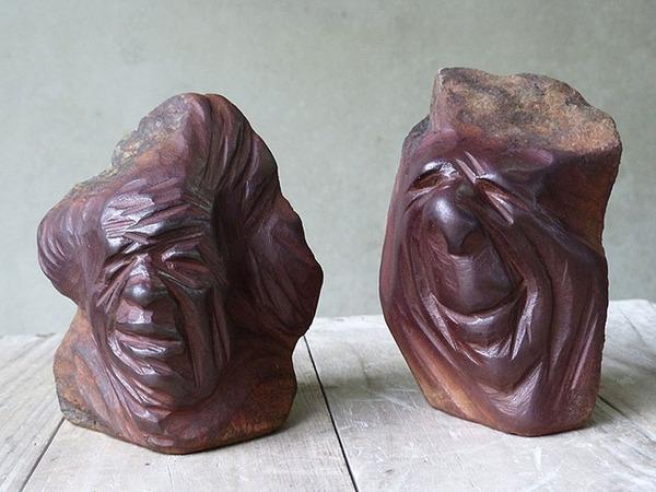 ぐんにゃりペロリと石が曲がる!ねじられた岩や石の彫刻 (12)