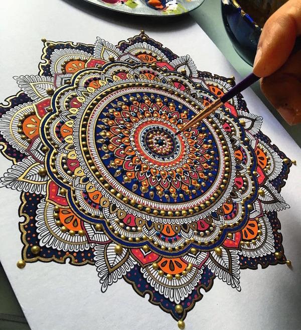 忍耐の賜物…手描きの曼荼羅模様がすごい (5)