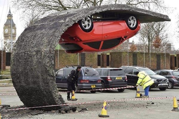 Alex Chinneck's Upside Down Car Installation in London 4