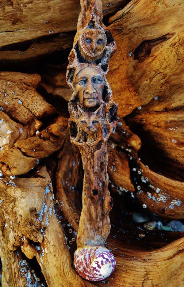 ロマサガのボスっぽい…流木に宿る女性彫刻! (7)