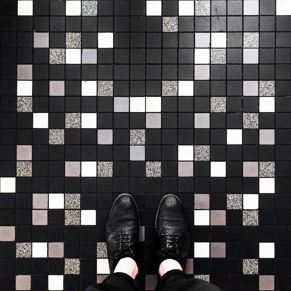 パリは床もお洒落だった!足元に広がる様々なデザインパターン (2)