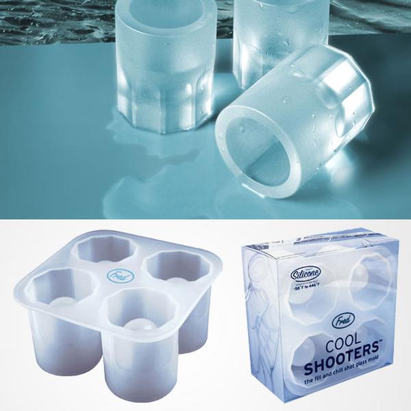 氷のショットグラス