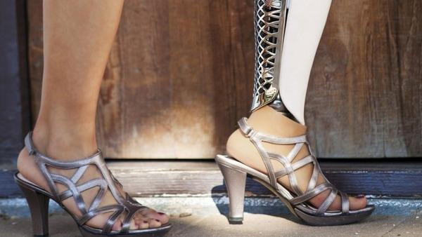 クールなデザインの義足・義肢 Scott-Stummit 16