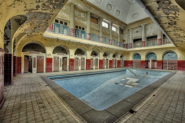 ヨーロッパの廃墟画像!寂れた建物の内観でメランコリック (19)