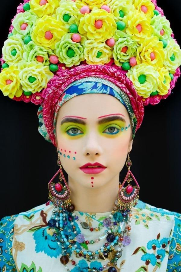 美しい花の髪飾り。ポーランドの伝統的な花冠をアレンジ (9)