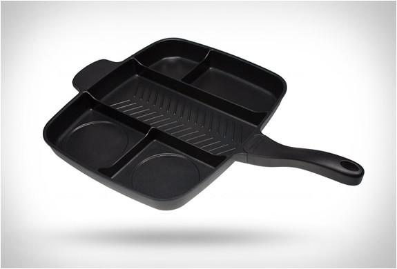 一度に違う食材を沢山焼けるフライパン!Master Pan (6)
