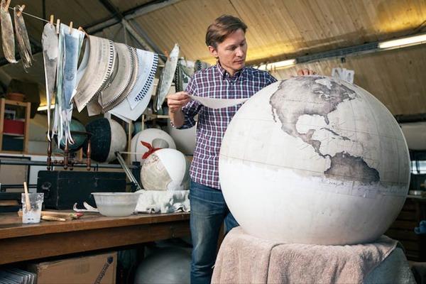 世界を旅したくなる。価値ある手作り地球儀の製作現場 (3)
