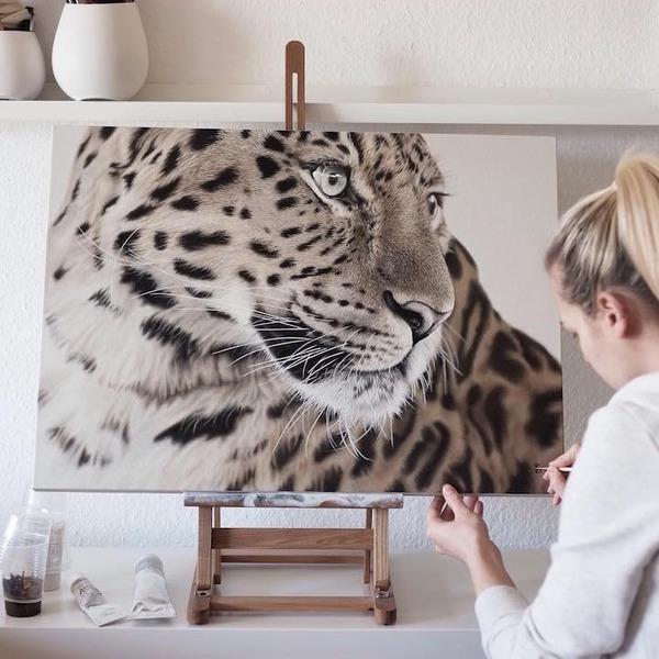 超繊細!ヒョウやライオンなどの野生動物をリアルに描いた絵画 (1)