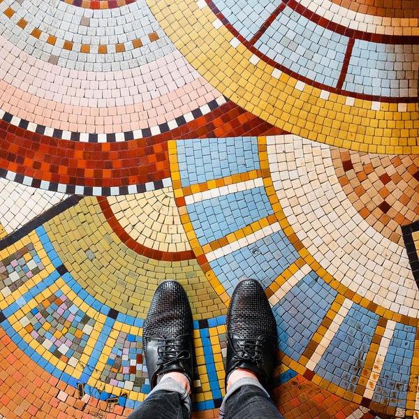 パリは床もお洒落だった!足元に広がる様々なデザインパターン (8)