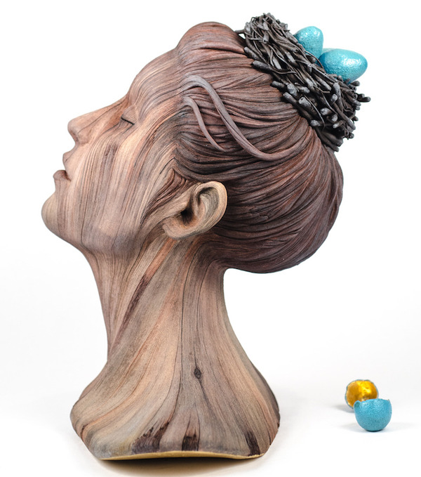 木材の彫刻に見えるセラミック彫刻 (23)