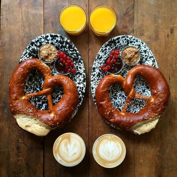 美味しさ2倍!毎日シンメトリーな朝食写真シリーズ (21)
