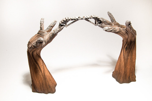 木材の彫刻のように見えるセラミック彫刻 (27)