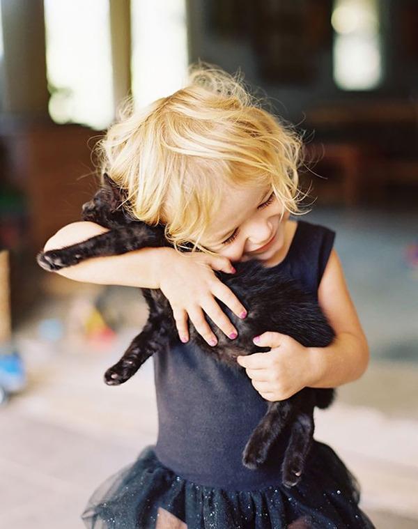 ペットは大切な家族!犬や猫と人間の子供の画像 (63)