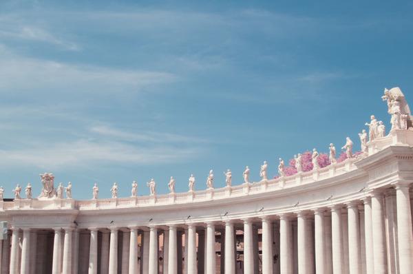 赤外線カメラで撮影されたイタリア・ローマの景色が幻想的 (15)