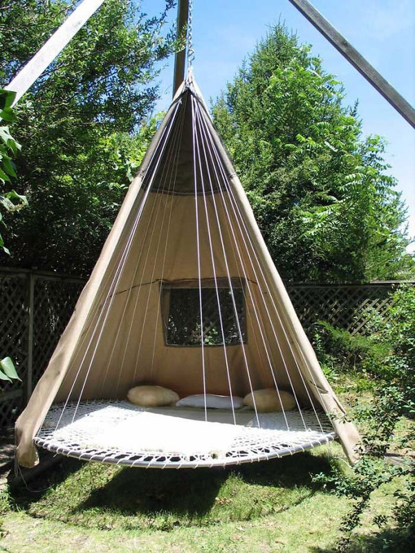 #3 Old Trampoline Turned Into A Wigwam Swing