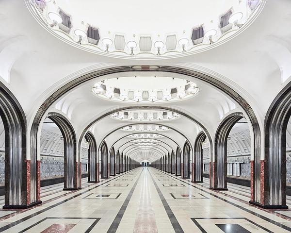 建築美!宮殿のように豪華で美しいロシアの地下鉄の画像 (4)