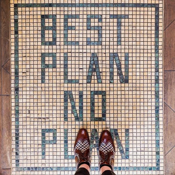 カラフルで多様なロンドンの床の写真シリーズ (8)