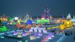 中国のハルビン氷祭り「が綺麗!