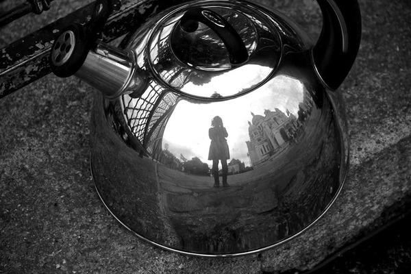 やかんで自撮り!アナログな手法で魚眼レンズ効果を得る (7)