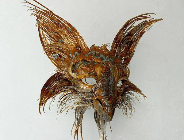 狐(キツネ)の金属彫刻 2