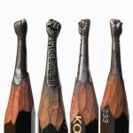 鉛筆の芯に彫刻を掘る!超ミニサイズな彫刻アート