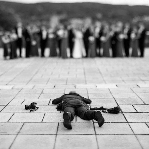 結婚写真の裏で頑張るカメラマンの努力画像 (7)