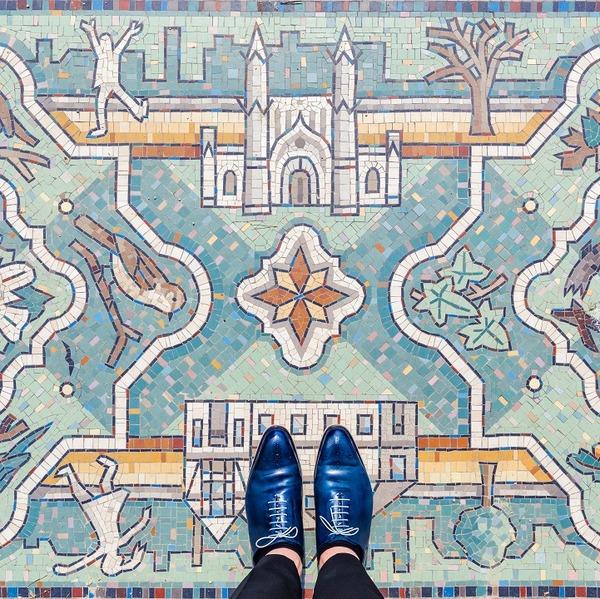 カラフルで多様なロンドンの床の写真シリーズ (10)