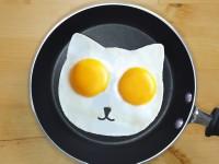 ネコ型目玉焼きが作れる!猫の目玉焼きを食べて毎朝元気