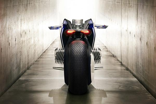 完全にSF!BMWのコンセプトバイク「VISION NEXT 100」 (8)