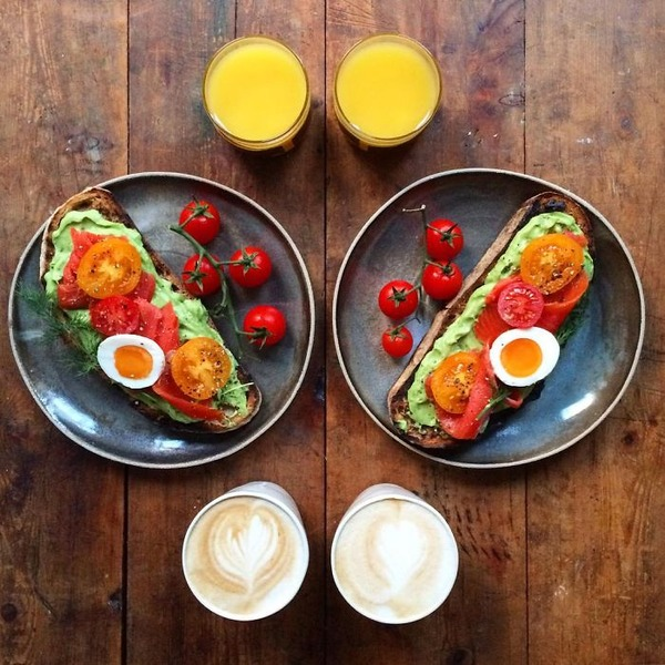 美味しさ2倍!毎日シンメトリーな朝食写真シリーズ (51)