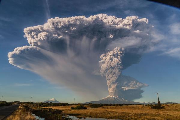 チリのカルブコ火山噴火 2015年 6