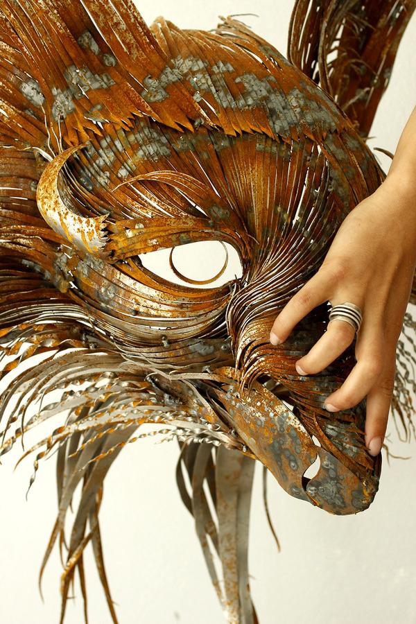 狐(キツネ)の金属彫刻 3