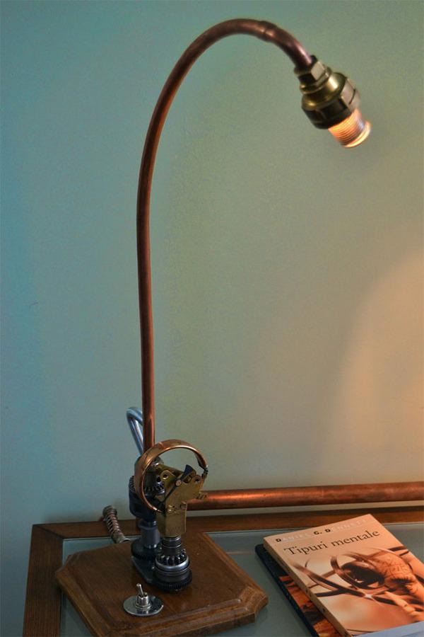スチームパンクっていいよね。真鍮、銅、金属部品で作る家具 (2)